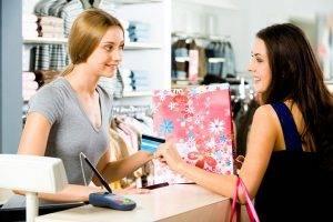 Оплата товаров в магазинах